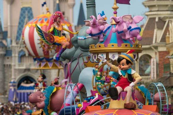 Festival of Fantasy - Floats credit Matt Stroshane WDW