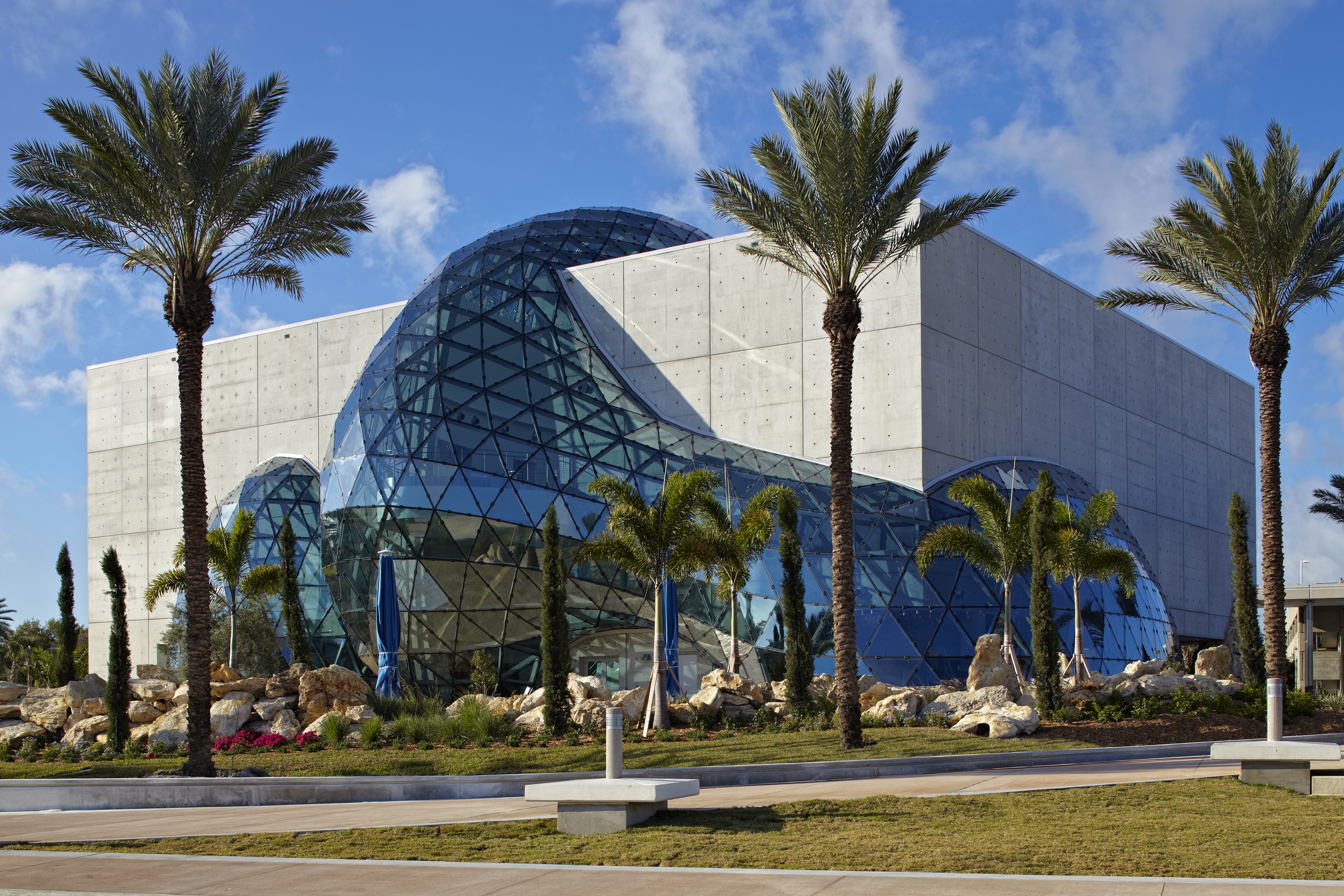 Quick guide the dali museum in st petersburg florida carrie on